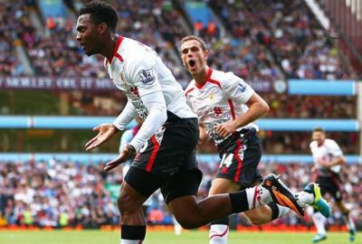 Sturridge and Hendo celebrate LFCs winning goal vs Villa Away
