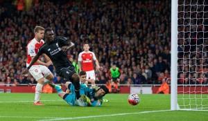 Benteke Arsenal_Liverpool